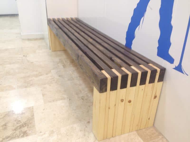 ספסלי לובי - ספסל דגם שלבים